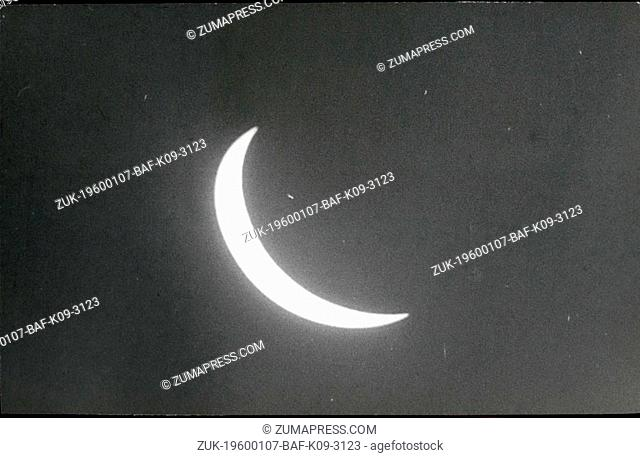 Feb. 26, 2012 - The maximum phase in which the solar eclipse was seen in Cuba. Hour: 13.08. (Credit Image: © Keystone Pictures USA/ZUMAPRESS.com)
