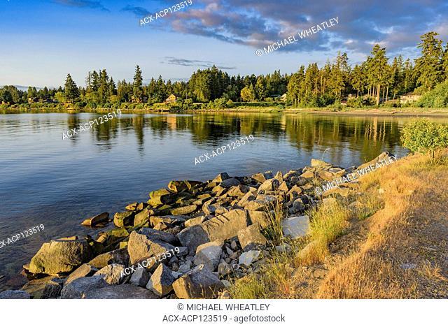 Shoreline, Royston, British Columbia, Canada