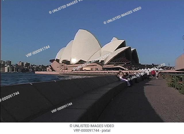 Side Sydney Opera House