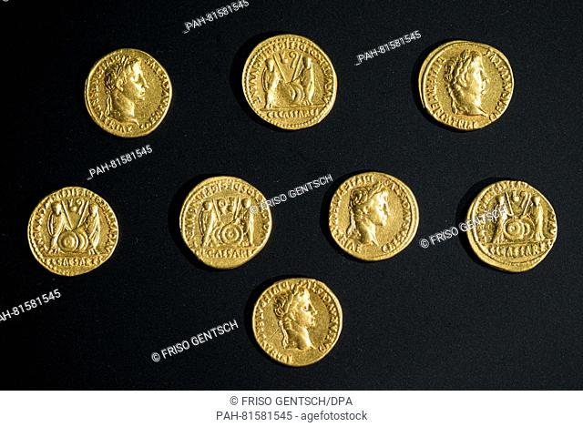 ARCHAEOLOGISTS DISCOVER ROMAN GOLD COINS IN KALKRIESE (6/26/2016