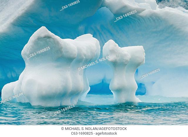 Icebergs near the Antarctic Peninsula during the summer months, Antarctica, Southern Ocean