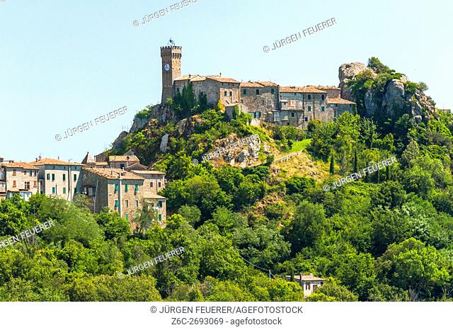 Village Roccatederighi, stone houses on a hill, commune of Roccastrada, Tuscany, province Grosseto, Italy
