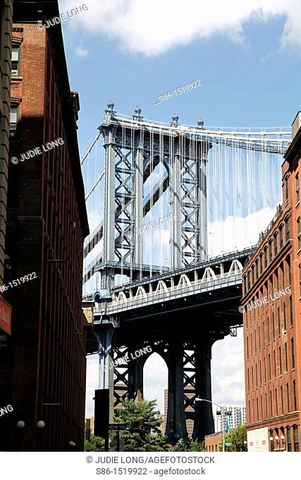 Manhattan Bridge and Manhatan Skyline seen from the DUMBO Neighborhood of Brooklyn, NY, USA