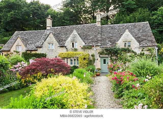England, Cotswolds, Gloucestershire, Bibury, Cottages