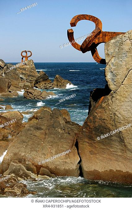 'Comb of the Wind' sculpture by Eduardo Chillida, San Sebastian, Guipuzcoa, Basque Country, Spain