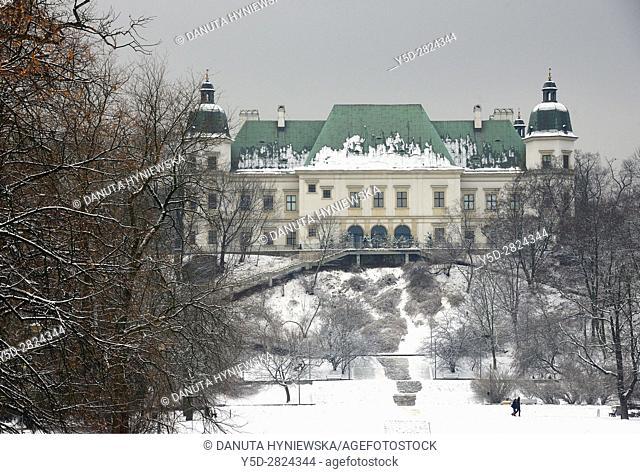 Baroque-Neoclassical Ujazdow Castle - Zamek Ujazdowski - in winter, in historic Ujazdow district between Ujazdow Park - Park Ujazdowski and Royal Baths Park -...