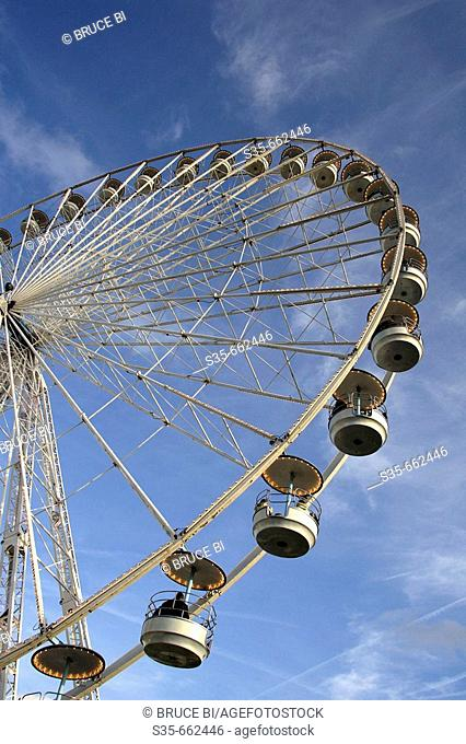 A ferry wheel on Place de la Concorde. Paris. France