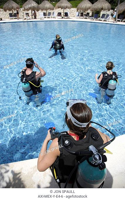 Diving course in swimming pool in Mayan Riviera, Yucatan Peninsula, Quintana Roo State, Mexico