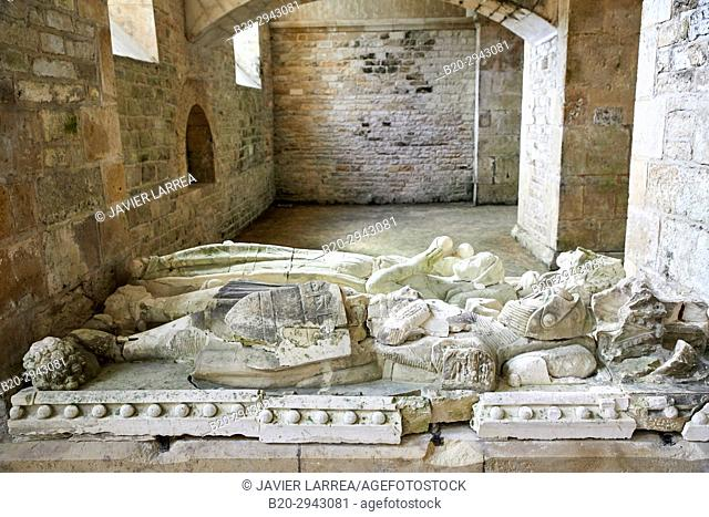 Tomb Of Mello And His Wife, Abbaye Royale de Notre Dame de Fontenay, Fontenay Cistercian Abbey, Montbard, Côte d'Or, Burgundy Region, Bourgogne, France, Europe