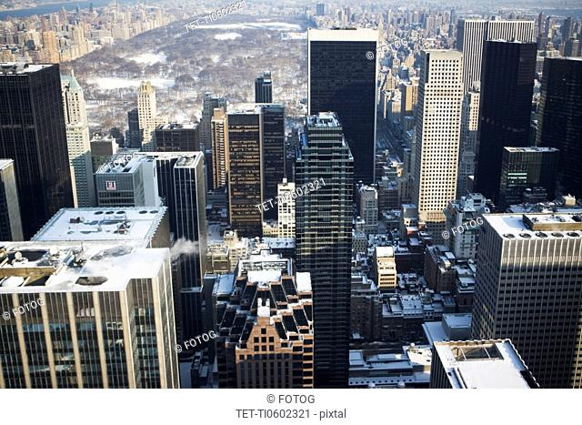 USA, New York City, View of Manhattan covered with snow, with Central Park in background