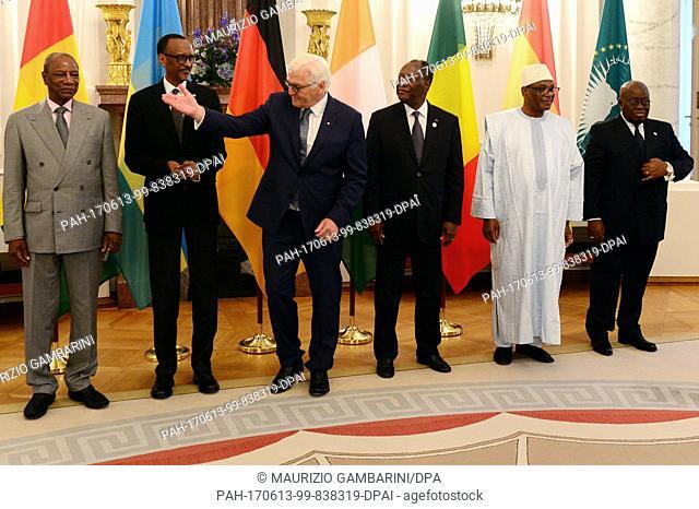 Guinea's President Alpha Condé (L-R), Rwanda's President Paul Kagame, German federal president Frank-Walter Steinmeier, President of Ivory Coast