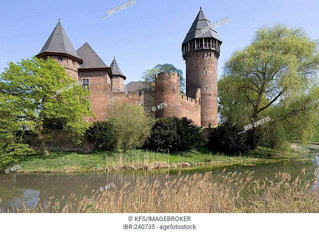 Moated castle Linn, Krefeld, Lower Rhineland, NRW, Germany
