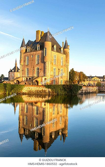 France, Loiret, Bellegarde, the 14th century Bellegarde castle also called castle des l'Hospital