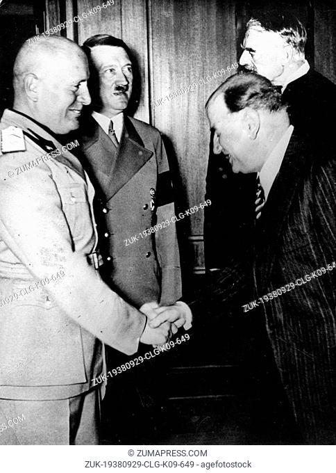 Sept. 29, 1938 - Munich, Germany - (L-R): Italian dictator BENITO MUSSOLINI, German dictator ADOLF HITLER, Frence Prime Minister EDOARD DALADIER and British...