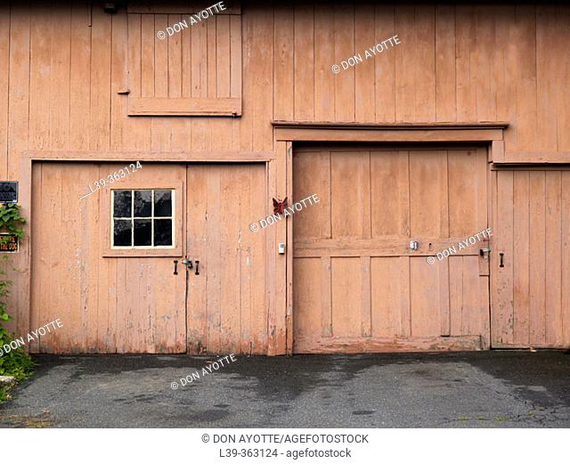 Garage. Turners Falls, Massachusetts. USA