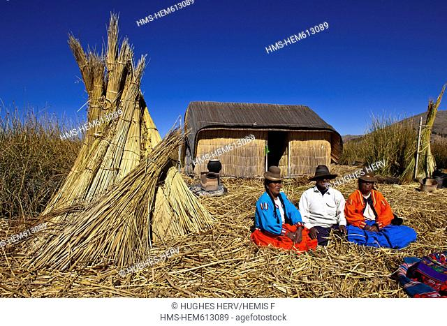 Peru, Puno province, descendants of the indians Uros live on totora floatting islands on the Titicaca lake, mainly from the tourism
