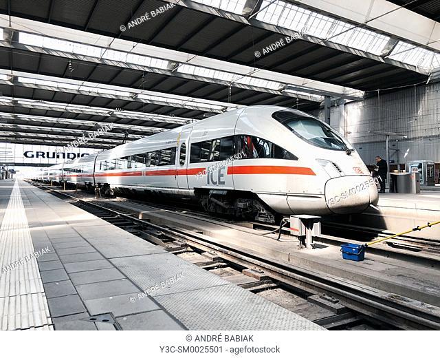 ICE Deutsche Bahn train, Munich Central Train Station, Bavaria, Germany