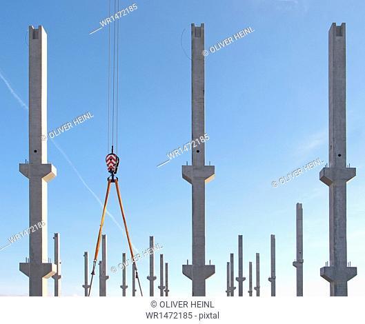 Construction, concrete column