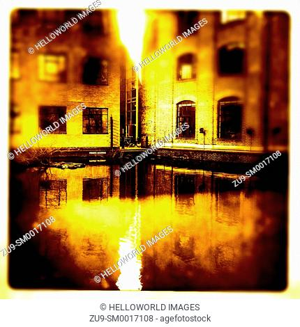 Dawn light and reflections, Regent's Canal, London, England, Europe