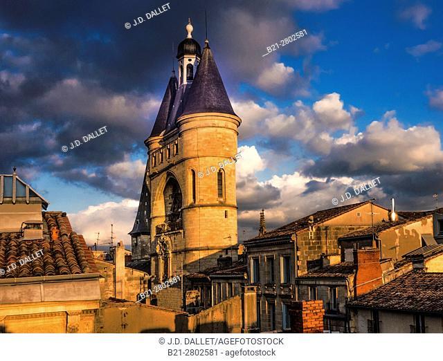 France, Aquitaine, Gironde. Saint Eloï's gate tower at Bordeaux. On the pilgrimage way to Santiago de Compostela