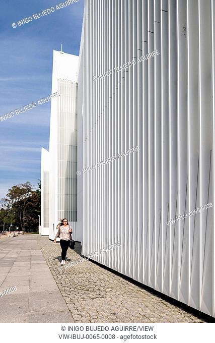 Facade perspective with walkway. Szczecin Philharmonic Hall, Szczecin, Poland. Architect: Estudio Barozzi Veiga, 2014