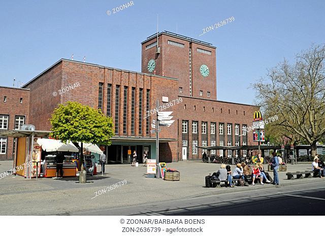 Main station, Oberhausen, North Rhine-Westphalia, Germany, Europe, Hauptbahnhof, Oberhausen, Nordrhein-Westfalen, Deutschland, Europa