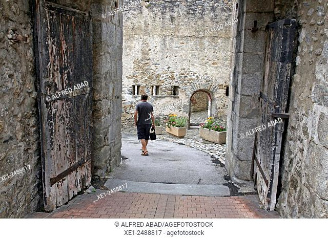 Portal de la Cavalleria, Prats de Mollo, France