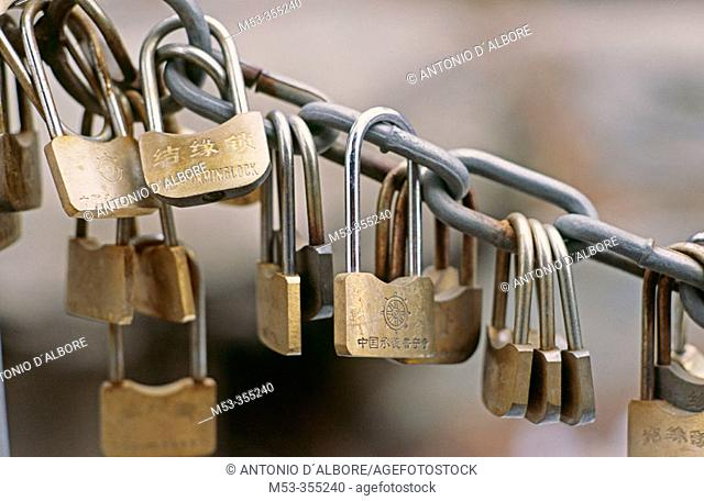 Love locks, Puning Si (Temple of Universal Tranquility). Chengde. Hebei province. China
