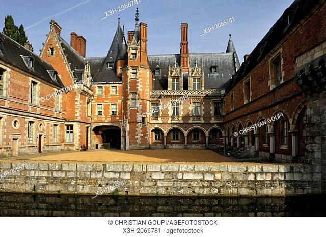 main courtyard of Chateau de Maintenon, Eure & Loir department, region Centre, France, Europe