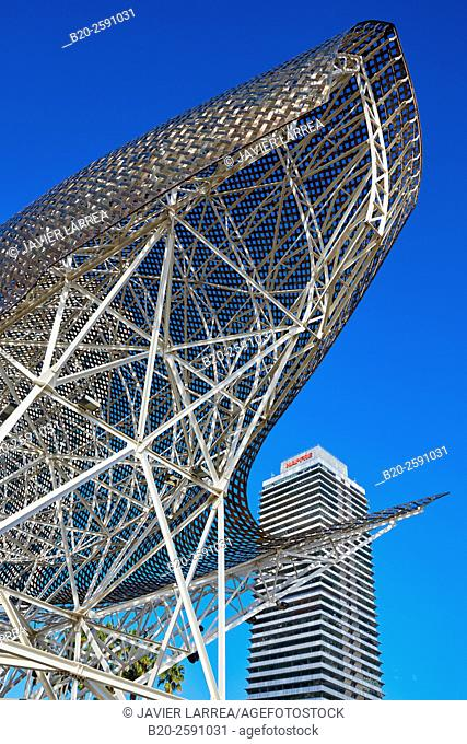 Mapfre tower, Sculpture 'Fish' of Frank Gehry, Puerto Olimpico, Olympic Harbour, Barcelona. Catalonia, Spain