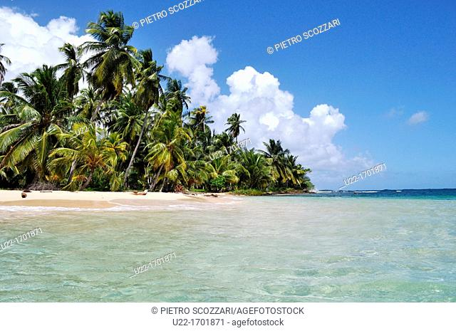 San Blás Panama: Diadup, little island of Kuna Yala
