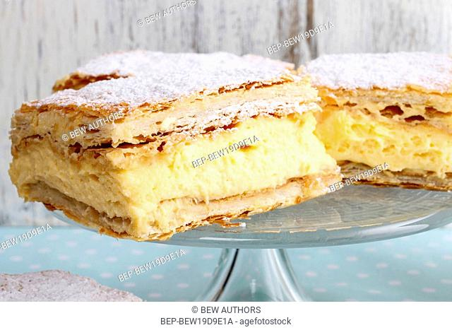 A Polish cream pie made of two layers of puff pastry, filled with whipped cream. Party dessert