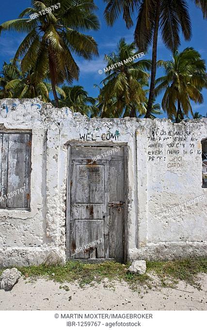 Dilapidated house in the village of Jambiani, Zanzibar, Tanzania, Africa