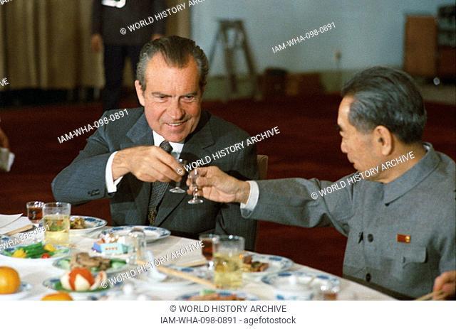 US President Richard Nixon and Chinese Premier Zhou Enlai toast, February 25, 1972 during Nixon's visit to Communist China