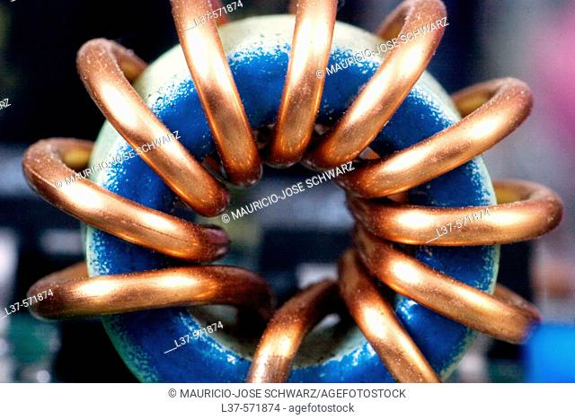 Toroid coil in a computer motherboard