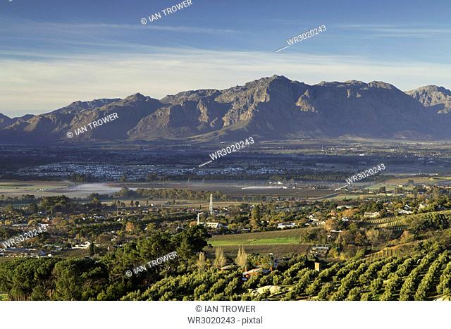 Paarl Valley at sunrise, Paarl, Western Cape, South Africa, Africa
