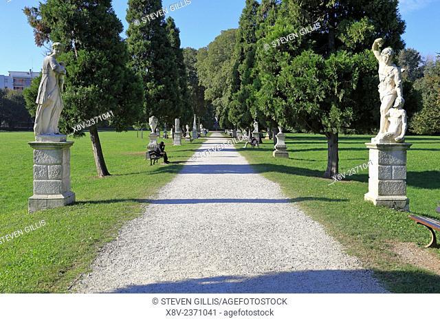 Statue lined path in Querini Park, Vicenza, Italy, Veneto