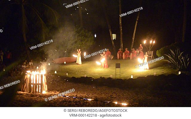 Fire show at Meridien Hotel on the island of Tahiti, French Polynesia, Tahiti Nui, Society Islands, French Polynesia, South Pacific