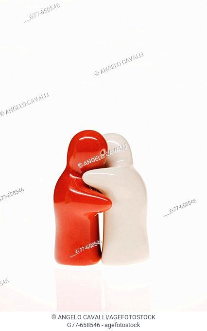 salt and pepper holder