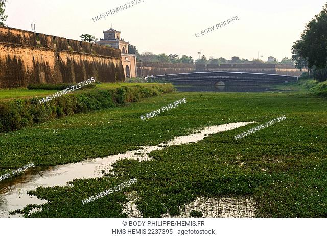 Vietnam, Thua Thien Hue province, Hue, the Imperial Cityl, listed as World Heritage site by UNESCO, the Citadel walls and moats