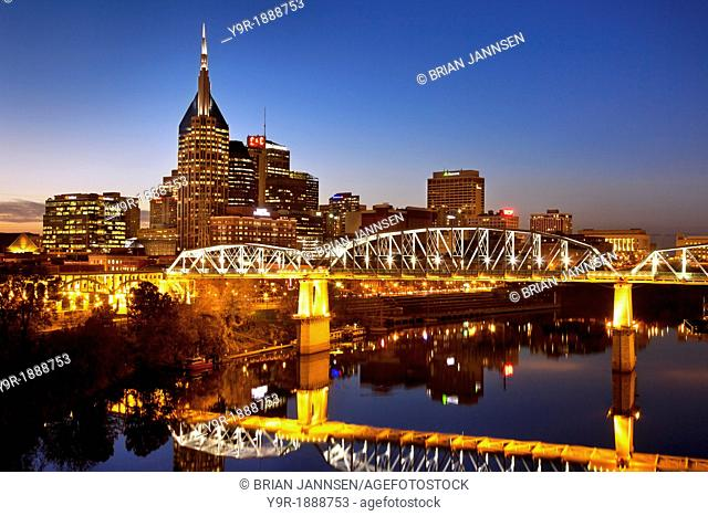 Twilight over the Cumberland River and Nashville Tennessee, USA