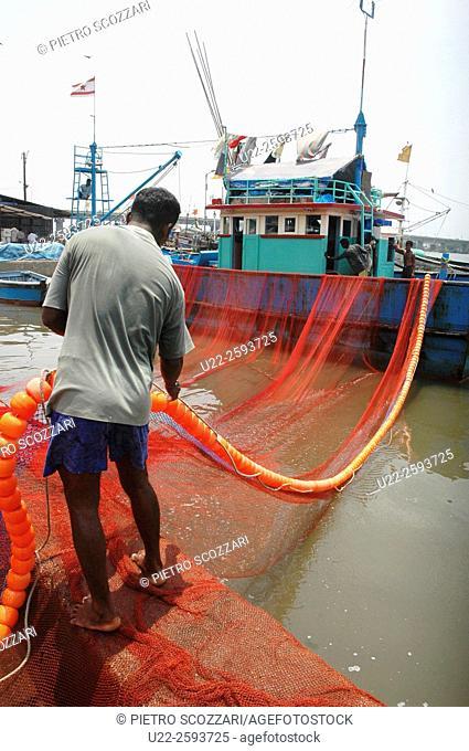 India, Goa, Betim, fishermen