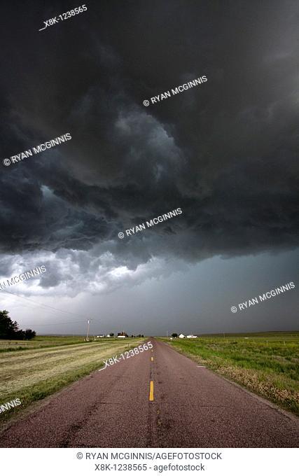 A soon to be tornadic supercell near Scottsbluff, Nebraska, June 7, 2010