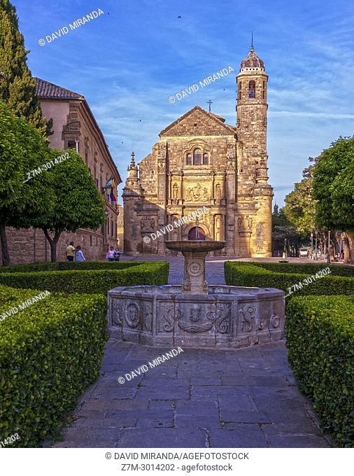 Capilla del Salvador and venetian fountain. Úbeda. Jaén. Andalusia. Spain