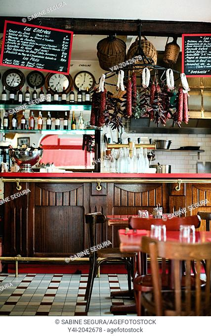 Bar-Cave de la Monnaie. The greedy street. Bordeaux. Gironde. Aquitaine. France. Europe