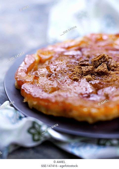 Apple and cinnamon tatin tart