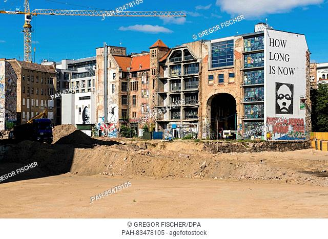 View of the former art house Tacheles from the back during construction works in Berlin, Germany, 6 September 2016. PHOTO: GREGOR FISCHER/dpa | usage worldwide