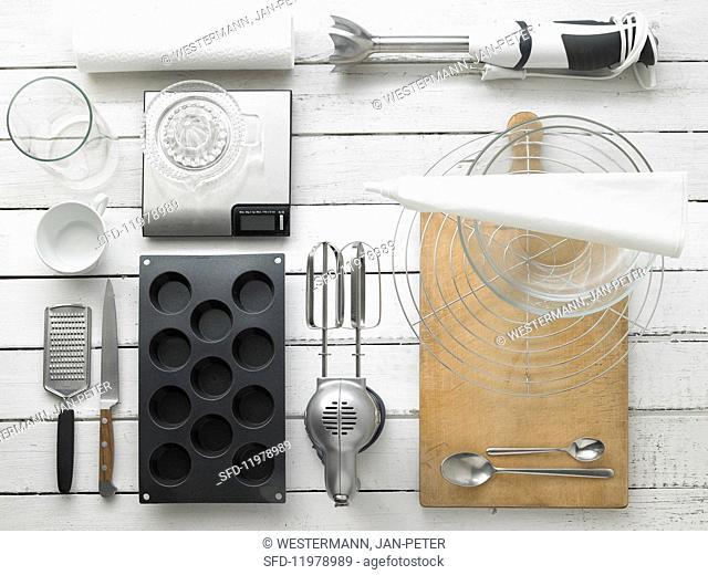 Kitchen utensils for making muffins