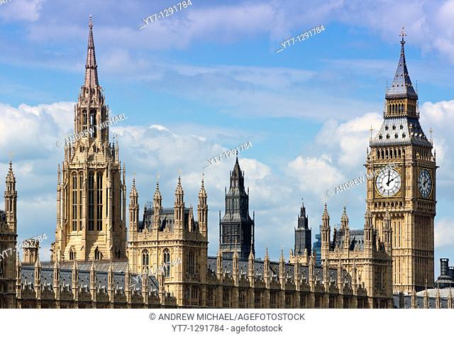 Embankment House Parliament Stock Photos And Images Age Fotostock