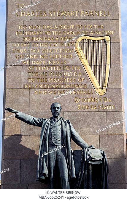 Ireland, Dublin, O'Connell Street, Charles Stewart Parnell statue